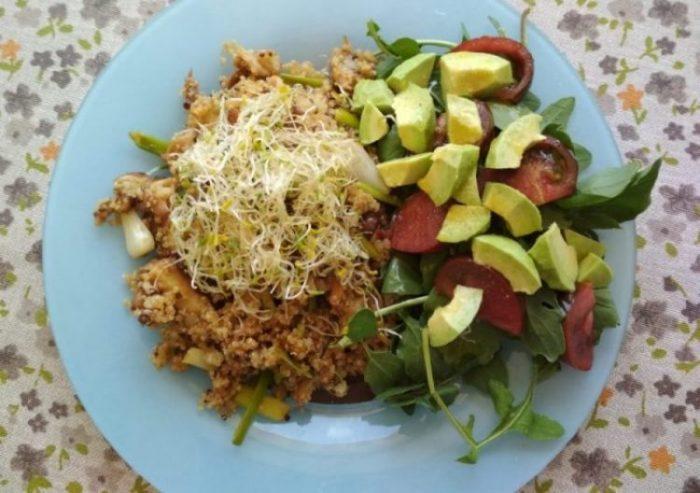 La quinioa; es extraordinariamente nutritiva, los ajos tiernos son un alimento-medicina, la seta Shiitake otro aliado de la salud.
